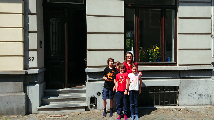 Place Colignon, 27   Eefje et ses enfants